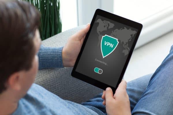 海外から動画配信サービスを見るにはどうすればいいの?実際にSurfsharkをトライしてみた記録をお届け!